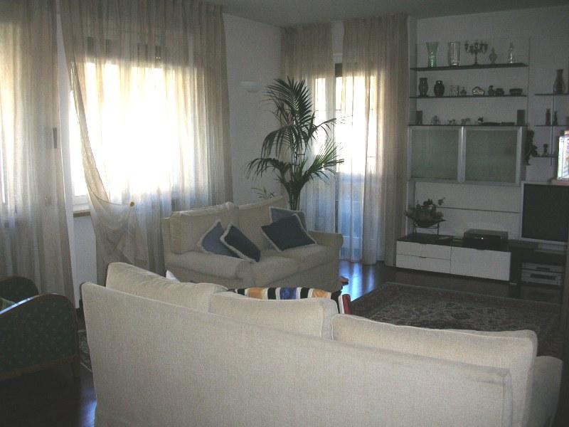 ristrutturazione appartamento milano salone